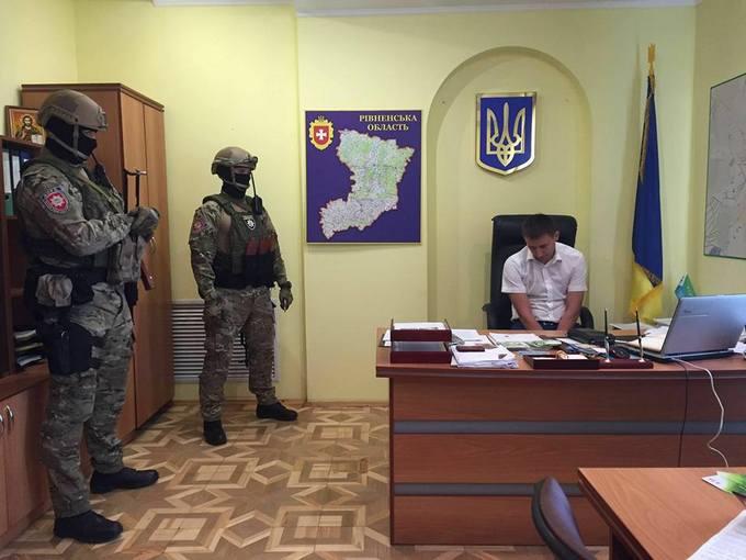 Аваков оголосив про нове гучне затримання: опубліковані фото (1)