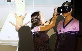 В Австралии студентов-медиков начали учить с помощью виртуальной реальности