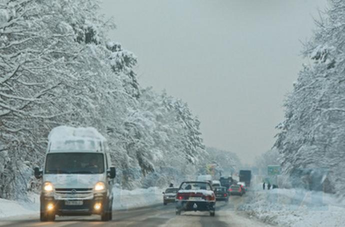 Водіям краще не виїжджати на дороги - Укравтодор