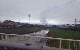 В Японії у Фукусіми стався землетрус і цунамі: з'явилися відео