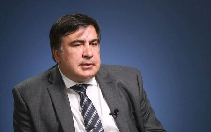 """Боїться, як чорт ладану: Саакашвілі відповів на """"плювок"""" Путіна"""