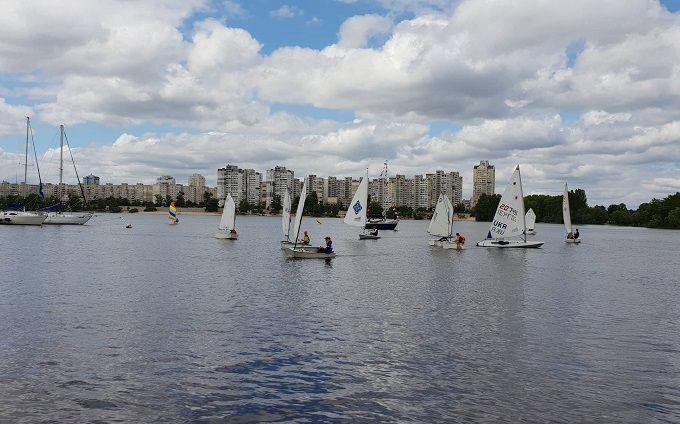 Київський яхт-клуб «Оболонь» влаштував День відкритих дверей для школярів