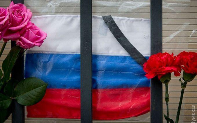 Речей российского депутата не выдержал даже цветок: видео насмешило сеть