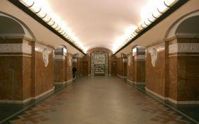 У Києві спалахнув гучний скандал через незрячого в метро