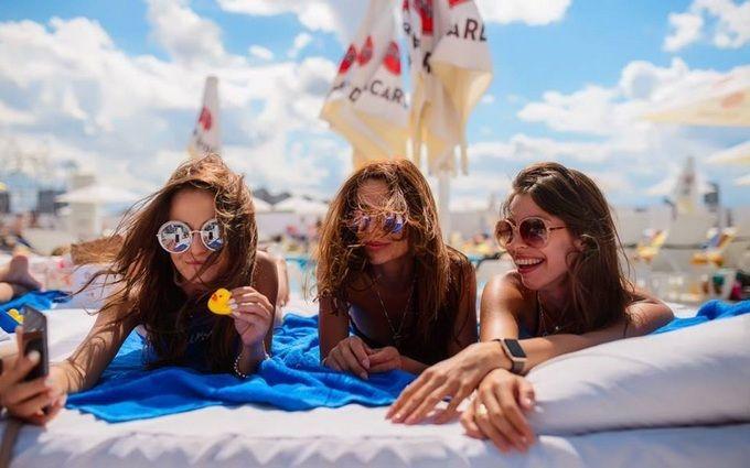 Пляжні комплекси в Києві: десять кращих зон для літнього відпочинку
