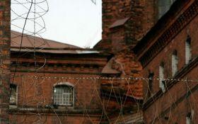 Зниклий в Білорусі журналіст перебуває в ізоляторі РФ