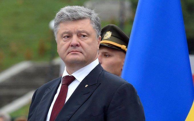 Порошенко: Мій народ зможе прожити без російських соцмереж і георгіївських стрічок