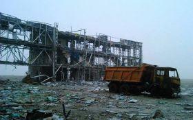 Контроль ЗСУ над злітною смугою аеропорту в Донецьку: штаб АТО дав коментар