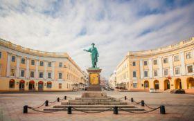 В Одессе стартовал проект восстановления старинных дверей и ворот