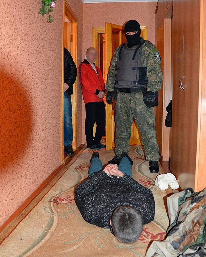 """На Волині спіймали бандита, який влаштував """"бойовик"""" з заручниками: з'явилися фото і відео (1)"""