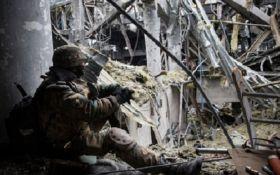 Бойовики змінили тактику наступу на Донбасі: серед українських бійців є поранені