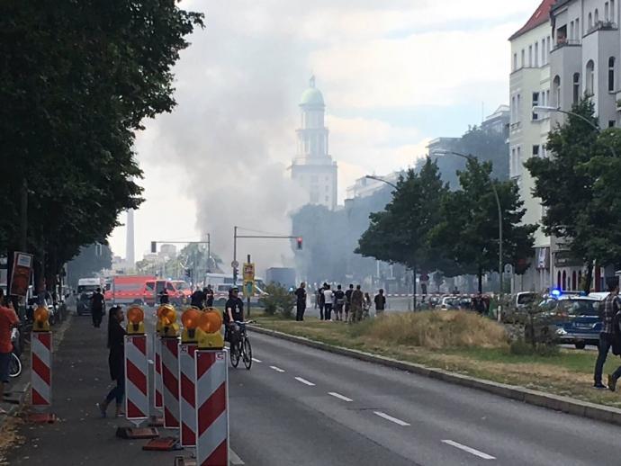 Потужний вибух прогримів у Берліні: з'явилися фото і відео (1)