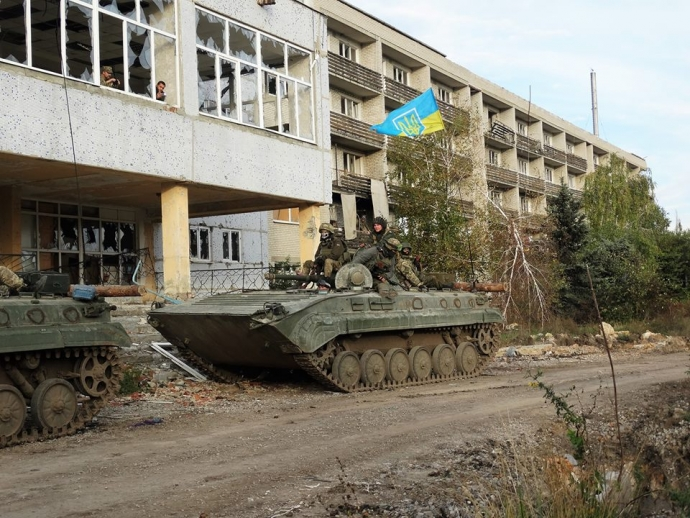 Путин может сорваться с цепи, но Украину разваливают и без него - боец АТО (1)