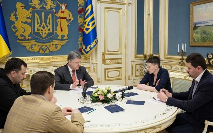 Порошенко запропонував Савченко зарубіжну поїздку