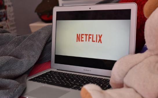 Медиа выяснили, как Netflix выиграл во время карантина