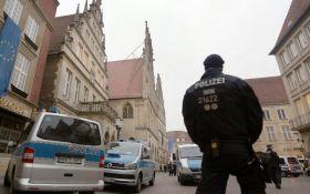 У Німеччині невідомий відкрив стрілянину по перехожим, є поранені і загиблі