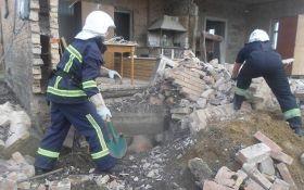 На Ровенщине обвалился дом, есть погибшие: опубликованы фото и видео