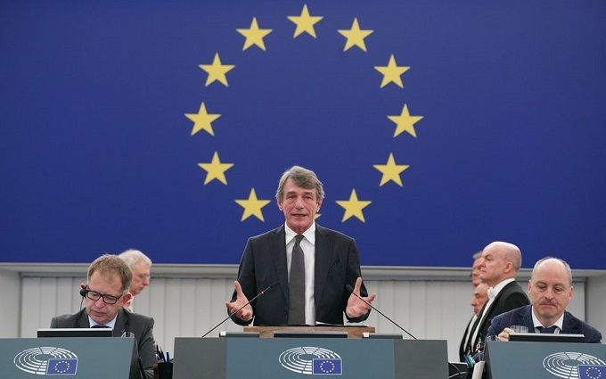 Євросоюз скликає терміновий саміт через Білорусь та Нагірний Карабах