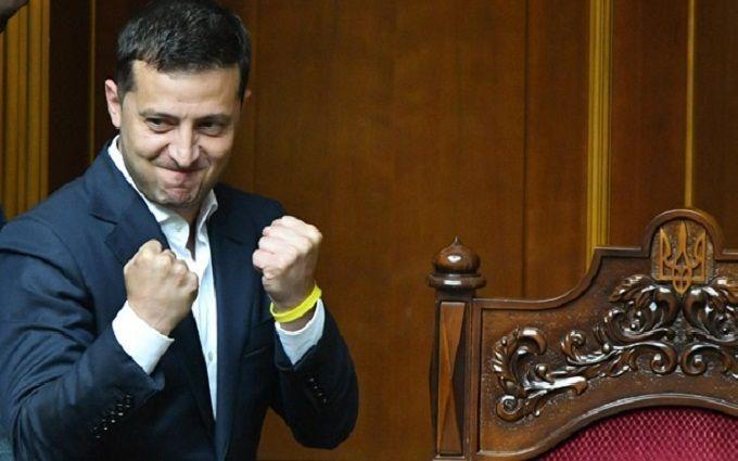 У Зеленского готовят новые изменения Конституции: названы мотивы