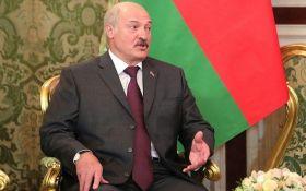 Лукашенко жалуется, что РФ хочет поглотить Беларусь