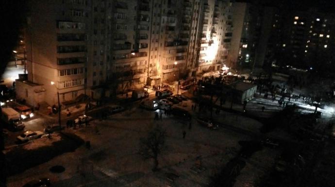 В Сумах произошел мощный взрыв в жилом доме: появились фото, видео и подробности (7)
