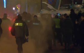 """""""Майдан"""" у Польщі: до Варшави стягують поліцію"""