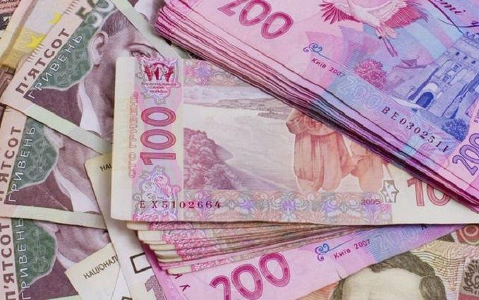 Руководство выделило 559 млн грн напогашение задолженности по заработной плате мед. работникам