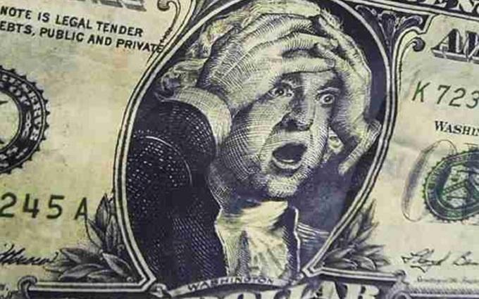 Економіст розповів, коли в Україні може подорожчати долар
