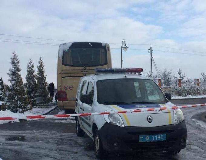 На Львовщине взорвали туристический автобус из Польши: появились подробности