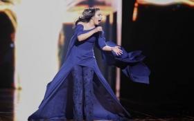 Український дизайнер розповів, як створював переможну сукню для Джамали: опубліковано відео