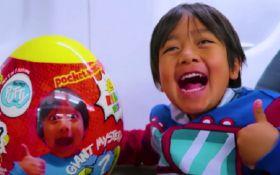 8-річний хлопчик став найбільш високооплачуваною зіркою YouTube