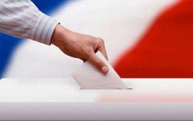 Выборы президента Франции: появились первые фото с зарубежных избирательных участков