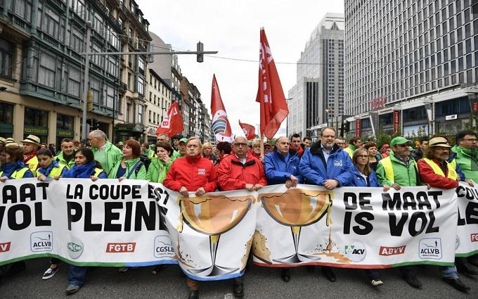У Брюсселі жорстко розігнали багатотисячні акції протесту: з'явилися відео та фото