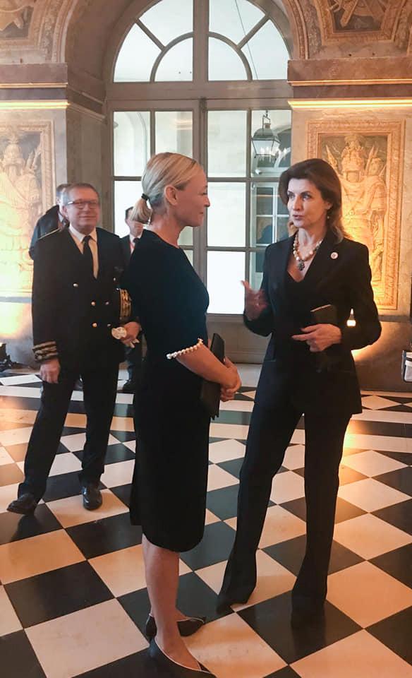 Непревзойденная: Марина Порошенко покорила Париж стильным образом (4)