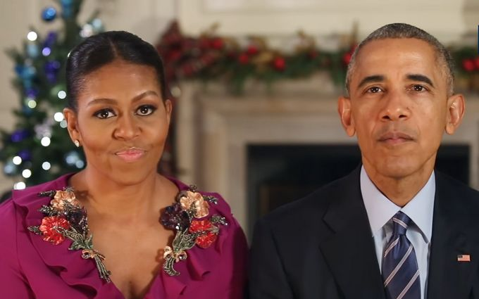 Обама впоследний раз отлица президента поздравил американцев сРождеством