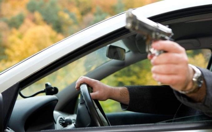 П'яний голова району на Луганщині стріляв у людей, поліція намагалася приховати злочин