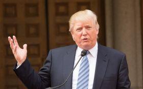 Трамп виступив із гучною заявою про компромат і розвідку США