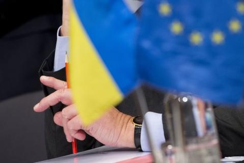 МЗС: ЄС готовий надати Україні безвізовий режим