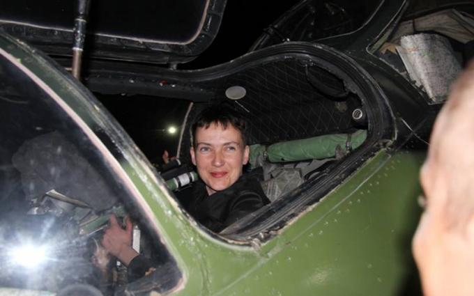Савченко в зоні АТО сіла за штурвал бойового вертольота: опубліковані фото