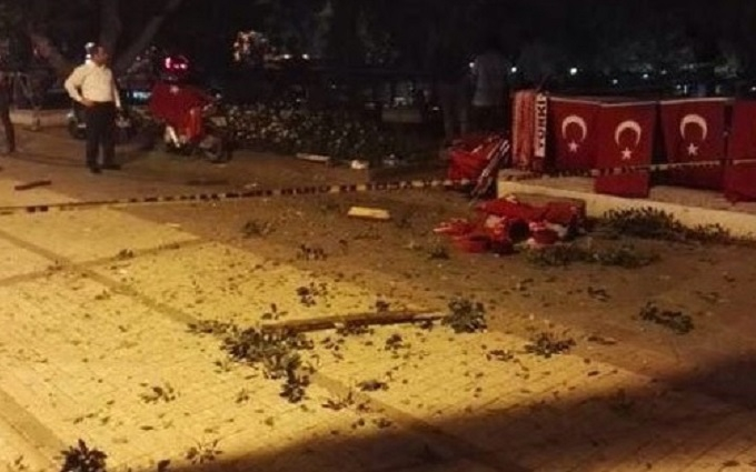 У Туреччині на мітингу в підтримку Ердогана прогримів вибух: опубліковані фото