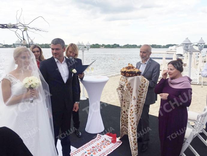 Тоня Матвиенко и Арсен Мирзоян сыграли свадьбу: опубликованы фото и видео (1)
