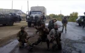 Украинские бойцы на передовой станцевали под AC\DC: опубликовано видео