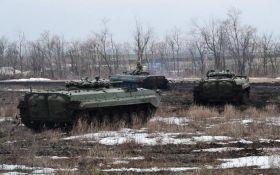 Штаб ООС: враг на Донбассе выпустил по позициям украинских войск 55 мин