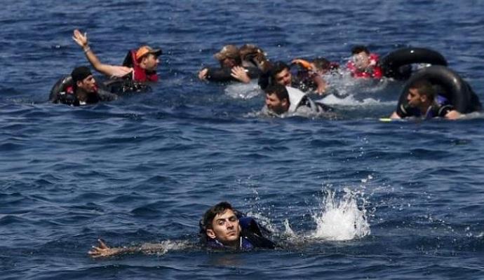 Біля берегів Греції перекинувся човен із мігрантами