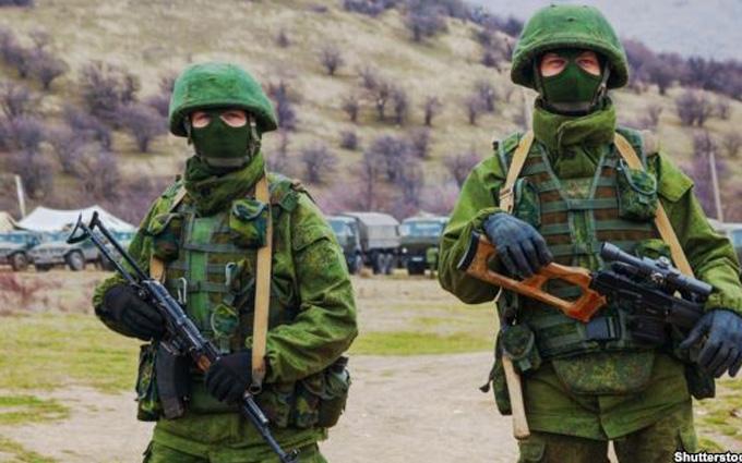 Гіркіна хотіли знищити з танків: стали відомі нові деталі захоплення Криму Росією