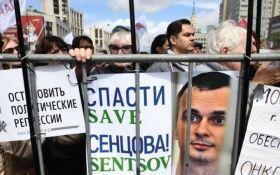 Состояние голодающего Олега Сенцова ухудшилось: он написал завещание