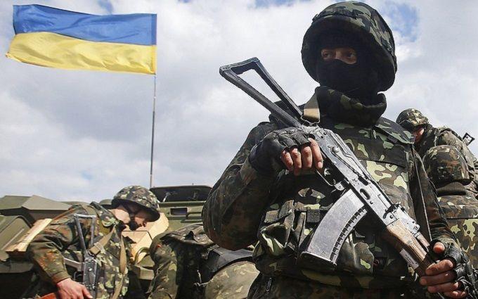 Знову втрати на Донбасі: у Порошенка озвучили цифри