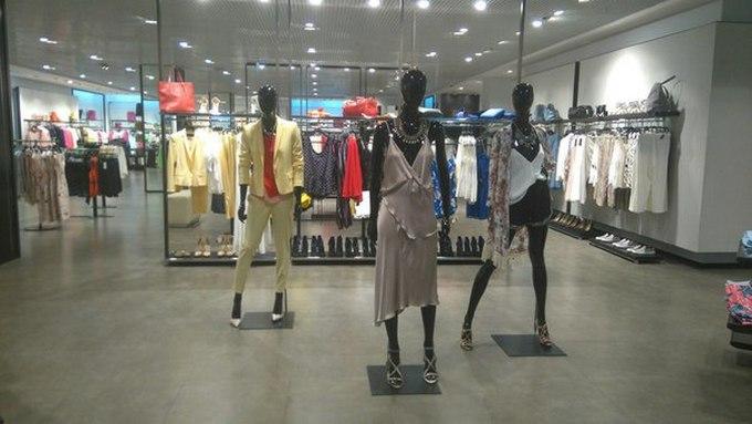 В окупованому Донецьку побачили магазин міжнародного бренду: з'явилися фото (1)