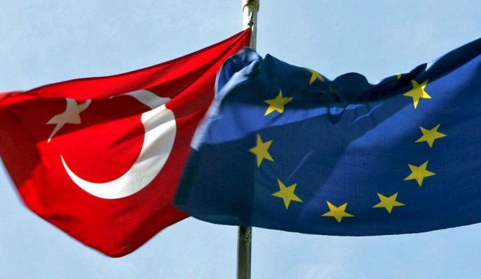 ЕС даст Турции 3 млрд евро на беженцев