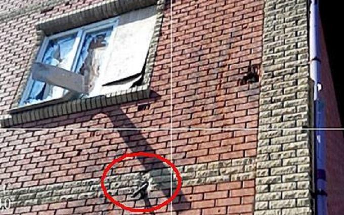 Бойовики ДНР обстріляли з танків школу: з'явилися фото
